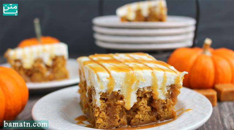 طرز تهیه کیک کدو ساده با تزیین خامه به همراه مواد لازم